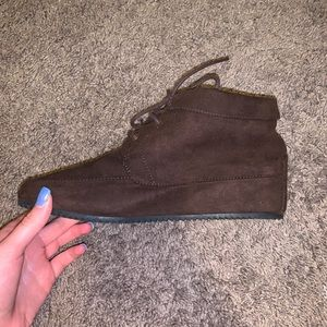 American Eagle ankle length booties